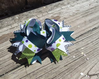 Green and White Boutique Bow