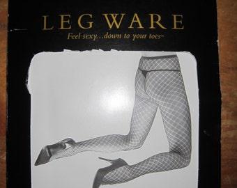 FREDERICK'S of HOLLYWOOD Leg Ware Diagonal Net Pantyhose Sz Small