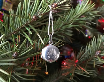 """Sterling silver picture photo locket small pendant initial letter A necklace 18"""" box chain"""