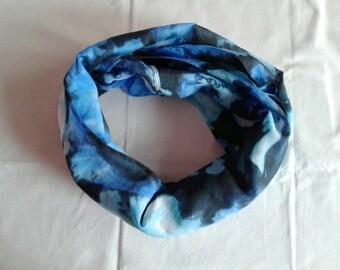 Endless loop scarf