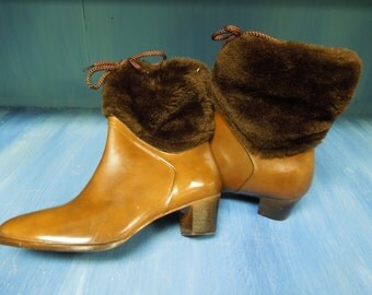 VINTAGE: Rare Made In USA Molded Construction / Size 10 /Slouchy High Heel Winter Rain Mod Boots /Brown Faux Fur/Waterproof Rain Boots.