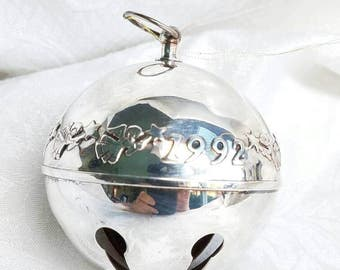 Wallace Silver Smiths Silver plated Sleigh Bell, 1992 Wallace Silver Sleigh Bell, Christmas Jingle bell, Angel Jingle Bell Ornament
