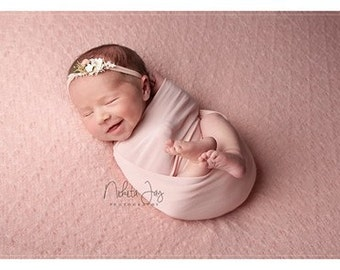 Baby posing fabric SOPHIA,knitted lace,baby pink colour,newborn beanbag blanket,fabric backdrop,pastel colour photo prop