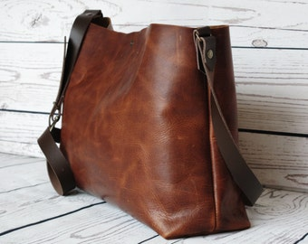 Distressed leather shoulder bag, leather purse, leather bag, leather crossbody bag, stylish tote bag, leather handbag