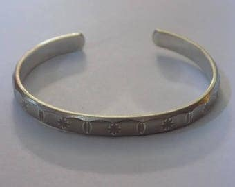 Beautiful sterling silver cuff bracelet 2 1/8 inches wide