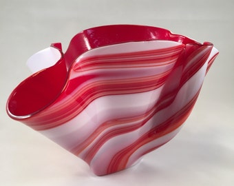 Red and white swril vase