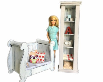 MiniMolly Dollhouse Furniture, Barbie Size 1:6 Scale , Nursery Set  and Accessories, French Provincial Style, Cot Bookcase Shelves