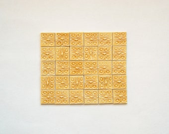 30 miniature relief tile - brown