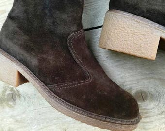 vintage boots boho hippie bohemian deadstock 1970 brown suede leather rubber soles