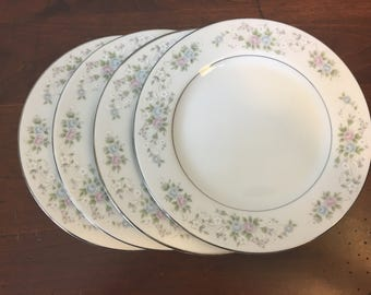 Carlton China Bread Plates - Set of 4 - Corsage Pattern 481 / Japan Floral Dinnerware / Dessert Plates