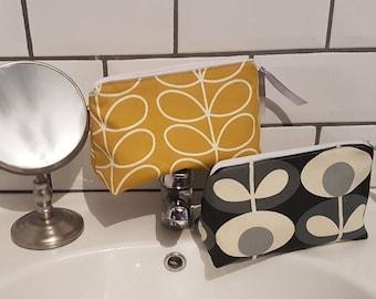 Orla Kiely Grey Tiny Stem cosmetic bag wash bag