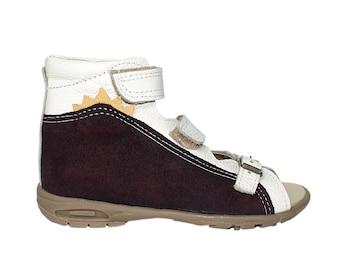White/purple orthopedic sandals for girls