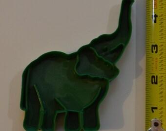 "Vintage LK MANUFACTURING ELEPHANT Cookie Cutter | 1987 4.5"" Dark Green"