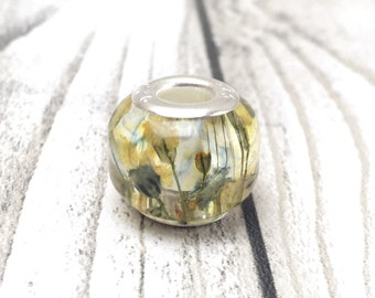 Real flower necklace, resin bead, botanical, girlfriend gift, gift for her, gift, pressed flowers, gypsoph, babys breath