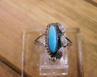 Stunning Sterling Silver Turquoise Ring size 6.5