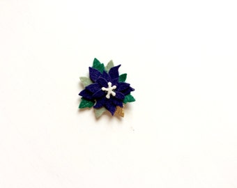 Mini navy poinsettia with gold and evergreen leaves - alligator clip - headband - Christmas - Holiday