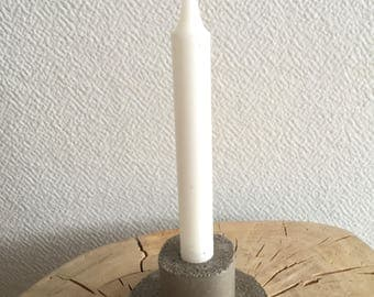 Round concrete candle holder