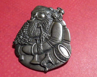 Vintage Danforth Pewter Christmas Santa Holiday Brooch 1990