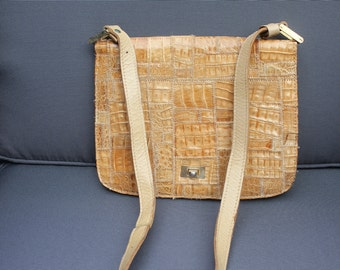 Bag vintage 70's patchwork of beige crocodile and leather