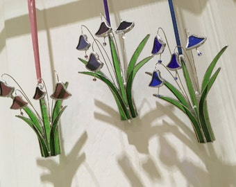 Stained glass flowers ; Bluebells