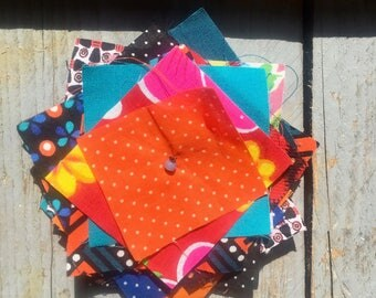 Brooch made of colorful fabrics