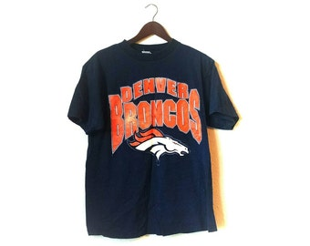 Vintage 1990s distressed Denver Broncos NFL football tshirt