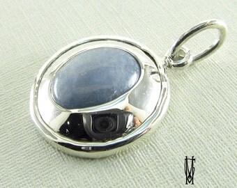 blue quarz jewelery pendant, sterling silver925 pendant,elegant silver pendant, blue stoned pendant