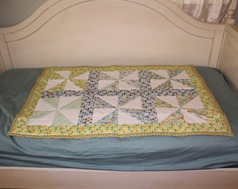 Pinwheel Quilt with Owls
