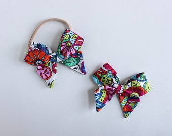 "Coloring Book Fabric ""Dahlia"" Bow"