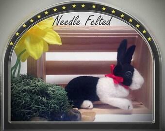 Needle Felted Dutch Bunny-Black and White Bunny-Bunny Wool Sculpture-Black and White Rabbit-Easter Decoration