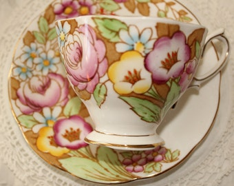 Royal Albert, ''Bouquet'', England: Hand painted beautiful tea cup and saucer