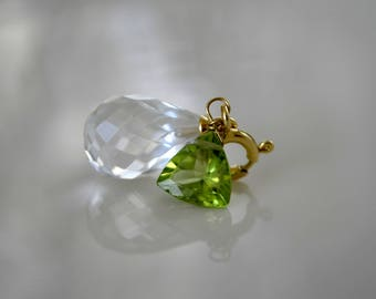 Quartz rock crystal faceted pendant with Peridot gold plated