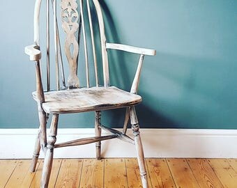 SOLD - Vintage Oak SHABBY CHIC Rustic Wheelback Chair