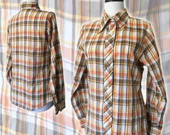 Vintage Retro 1970s Plaid Button-Up Shirt — Small
