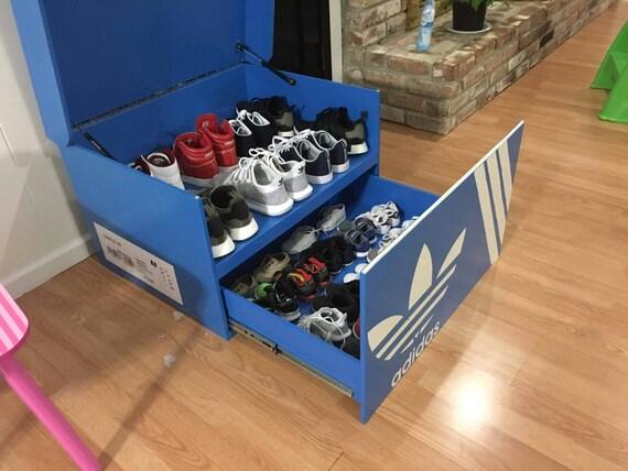 Geante A A Boite Boite Chaussure Chaussure Adidas Boite Geante A Adidas Y6bfg7y