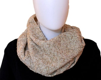 Beige knitted loop scarf / Hand knitted scarf / Check pattern / Infinity scarf / Winter Scarf / Cowl scarf