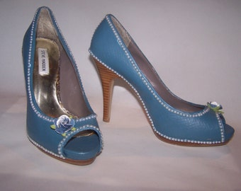 summer blue pearls, Size 9