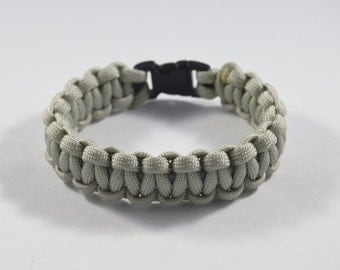 Solid Silver Paracord Bracelet: Survival, Camping, Hunting, Outdoors