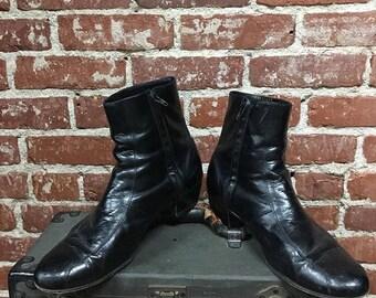 Sold in store. Do not buy. Vintage Seventies 1970s Florsheim Men's Black Leather Zip Up Boots. Size 12D