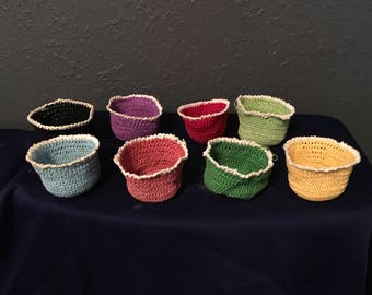 Set of 8 Vintage Crocheted Mini Bowls in 8 Different Colors