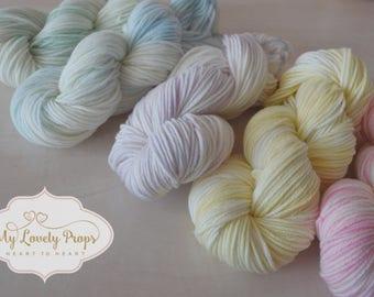 Marshmallow hand dyed merino yarn-extrafine merino yarn-hand dyed yarn-pastel colors yarn-dyed merino-soft yarn-pastel yarn