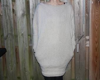 Knit dress with pockets