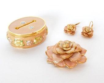 Small  Jewelry Box, Joan Rivers Jewelry, Keepsake Box, Joan Rivers Earrings, Vintage Flower Pin, Flower Earrings, Vintage Earrings