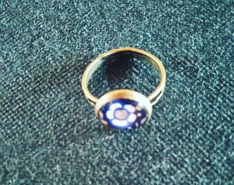 """small """"flower"""" ring"""