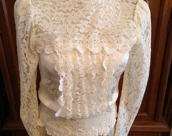 Vintage Seventies Jessica McClintock Size 6 Romantic Lace Dress