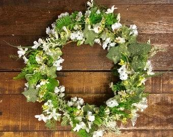 Rustic Wreath/Spring Door Decor/White Flower Wreath/Small Grapevine  Wreath/Green