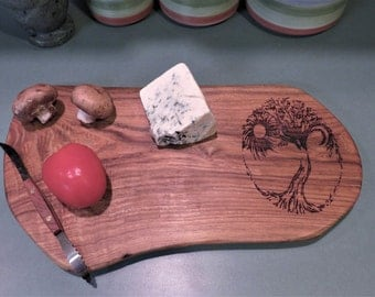 Live Edge Cutting/Cheese Board (CutH3)