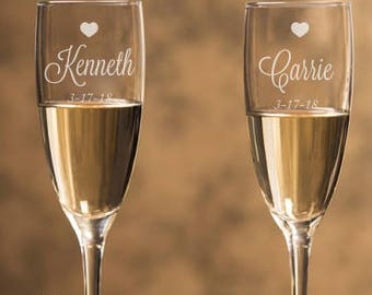 Engraved - Sweethearts Champagne Flutes (2pcs) - Personalized Toasting Flutes - DGI23-A22