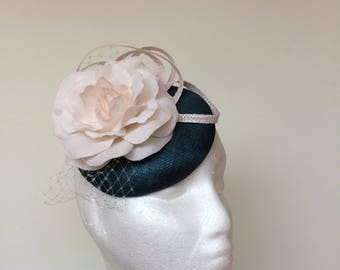 Wedding hat, Melbourne Cup hat, Melbourne fascinator, Breeders Cup hat, Races fascinator, Hat for races, Kate Middleton style, Church hat