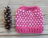 Pink Bun Hat for Girls, Chunky Bun Hole Hat, Messy Bun Beanie, Pony Tail Hat for Girls, Fair Isle Bun Hat, Valentine Bun Hat Gift for Girls